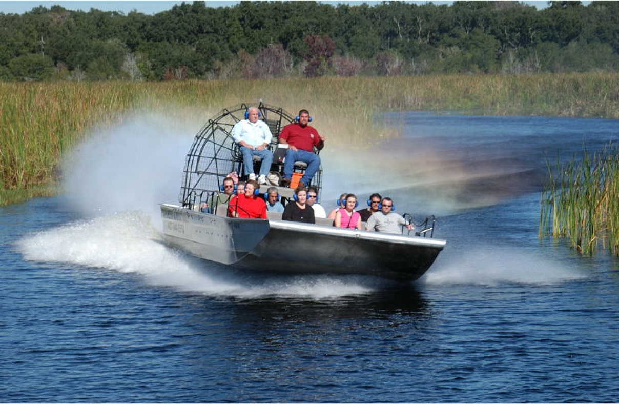 Airboat_orlando_attractions_american_vacation_living - disney