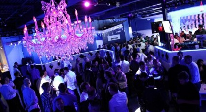 IceBar_Orlando_lounges_night_club_america_vacation_living-420x230 - disney