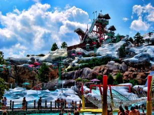 Disneys-Blizzard-Beach_Orlando-307x230 - disney