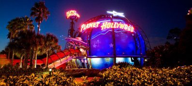 Planet_hollywood_restaurants_american_vacation_living_orlando-397x179 - disney