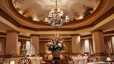 Victoria_and_Alberts_restaurant_american_vacation_living_orlando-397x223 - disney