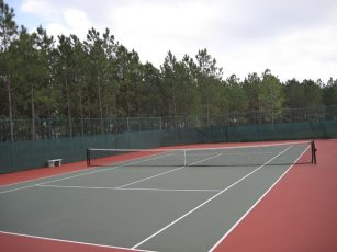 Highlands_Complimentary_Tennis_Court-307x230 - disney